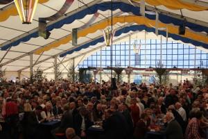 130909 Zelt Weinlaube